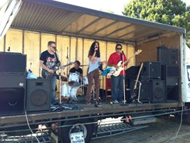me-singing-at-howick-show